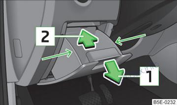 skoda octavia (mk3 5e; 2013 2016) \u003c fuse box diagram skoda octavia fuse box 2014 on left hand drive vehicles, the fuse box is located behind the storage compartment in the left hand section of the dash panel
