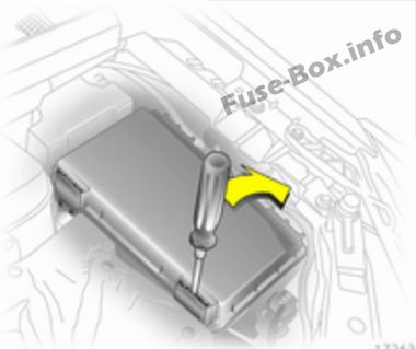 Fuse Box Diagram > Opel/Vauxhall Zafira B (2006-2014) Vauxhall Zafira Fuse Box Diagram on