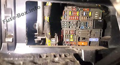 Fuse Box Diagram Bmw 1 Series E81 E82 E87 E88 2004 2013
