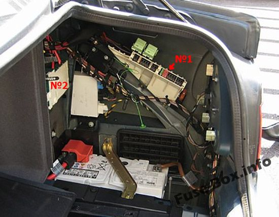 The location of the fuses in the trunk: BMW 5-Series (1996, 1997, 1998, 1999, 2000, 2001, 2002, 2003)