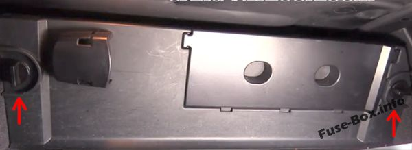 The location of the fuses in the passenger compartment: BMW 5-Series (2003, 2004, 2005, 2006, 2007, 2008, 2009, 2010)