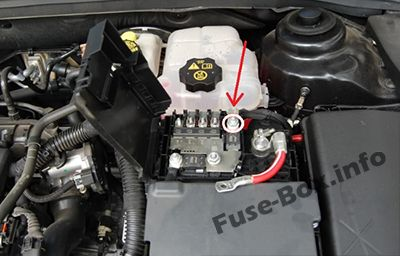Engine Pre-Fuse Box: Chevrolet Cruze (2008-2016)