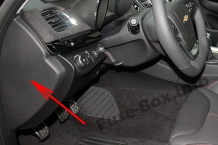 The location of the fuses in the passenger compartment: Chevrolet SS