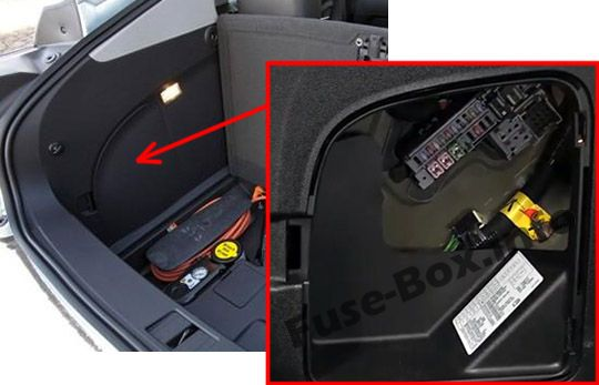The location of the fuses in the trunk: Chevrolet Volt (2011, 2012, 2013, 2014, 2015)