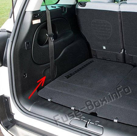 The location of the fuses in the trunk: Fiat 500L (2014, 2015, 2016, 2017, 2018, 2019)