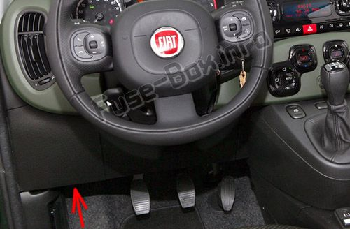 The location of the fuses in the passenger compartment: Fiat Panda (2012, 2013, 2014, 2015, 2016, 2017, 2018)