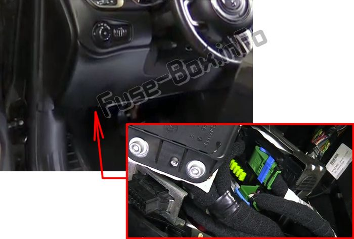 The location of the fuses in the passenger compartment: Jeep Renegade (2014-2018-...)