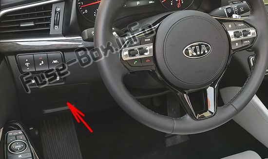 The location of the fuses in the passenger compartment: KIA Cadenza / K7 (2017, 2018, 2019-...)