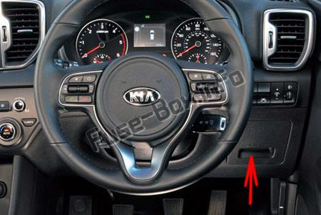 The location of the fuses in the passenger compartment (RHD): KIA Sportage (2017, 2018, 2019-...)