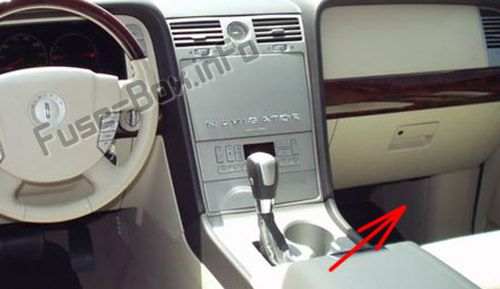 The location of the fuses in the passenger compartment: Lincoln Navigator (2003-2006)