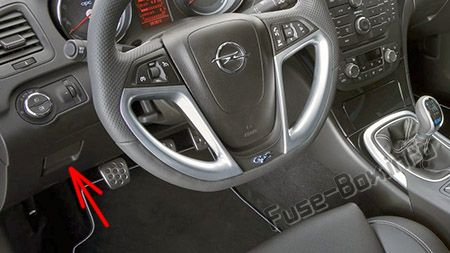 Fuse Box Diagram Opel/Vauxhall Zafira Tourer C (2011-2019)Fuse-Box.info