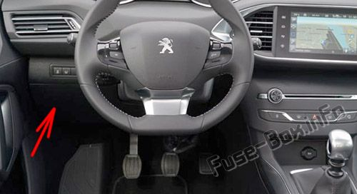 The location of the fuses in the passenger compartment (LHD): Peugeot 308 (2007-2013)