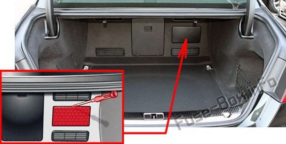 Fuse Box Diagram Audi A8    S8  D4  4h  2011