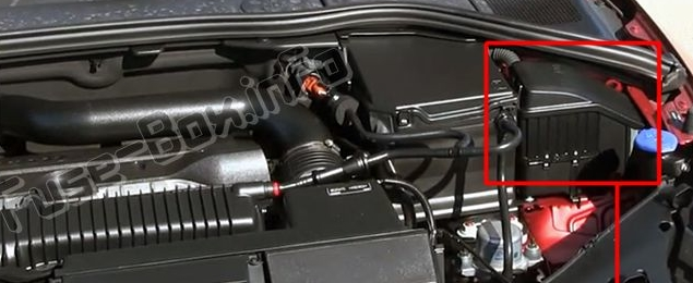 The location of the fuses in the engine compartment: Volvo S60 (2011-2014)