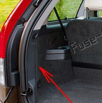 Trunk fuse box diagram: Volvo XC90 (2008-2014)