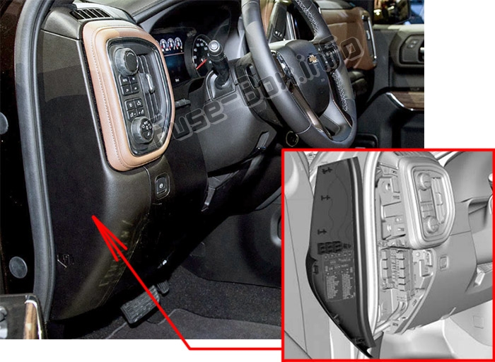 The location of the fuses in the passenger compartment (left): Chevrolet Silverado (2019)