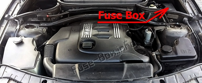 Fuse Box Diagram Bmw X3  E83  2004