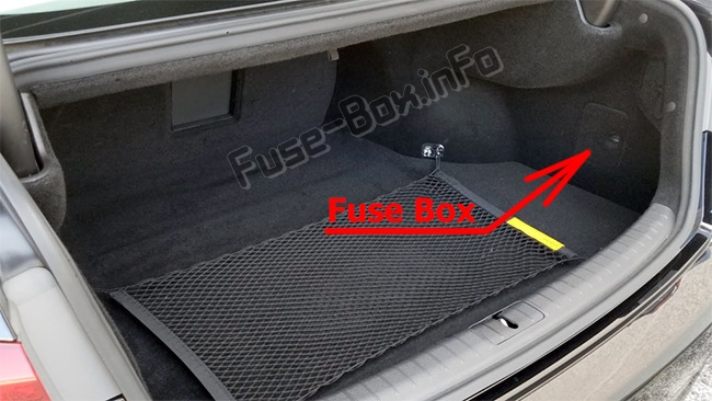 The location of the fuses in the trunk: Hyundai Genesis (DH; 2014-2019..)