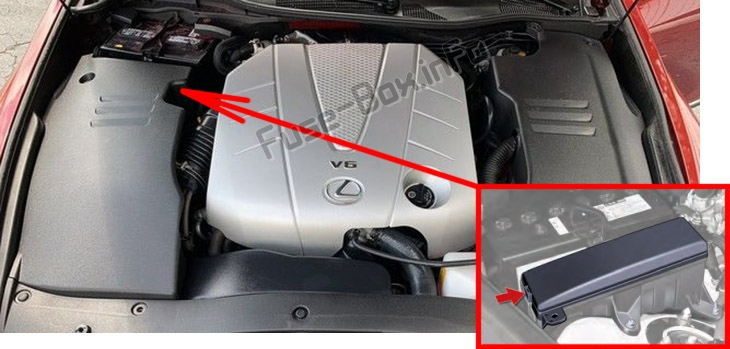 The location of the fuses in the engine compartment: Lexus GS350 / GS430 / GS460 (2007-2011)