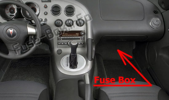 The location of the fuses in the passenger compartment: Pontiac Solstice (2006-2010)