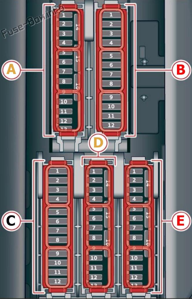 Driver's footwell fuse box diagram (ver.1): Audi Q8 (2019, 2020...)